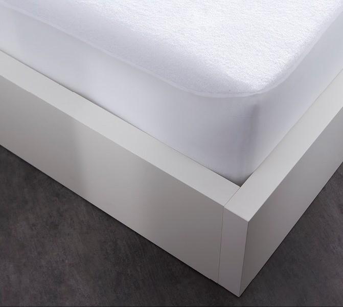 prot ge matelas plastifi 90x190 cm proplast housse de couette zipp e mawira. Black Bedroom Furniture Sets. Home Design Ideas